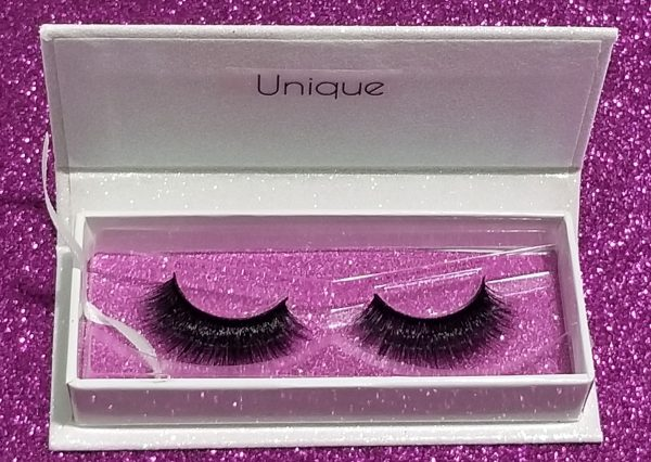 Unique Lashes Chicago